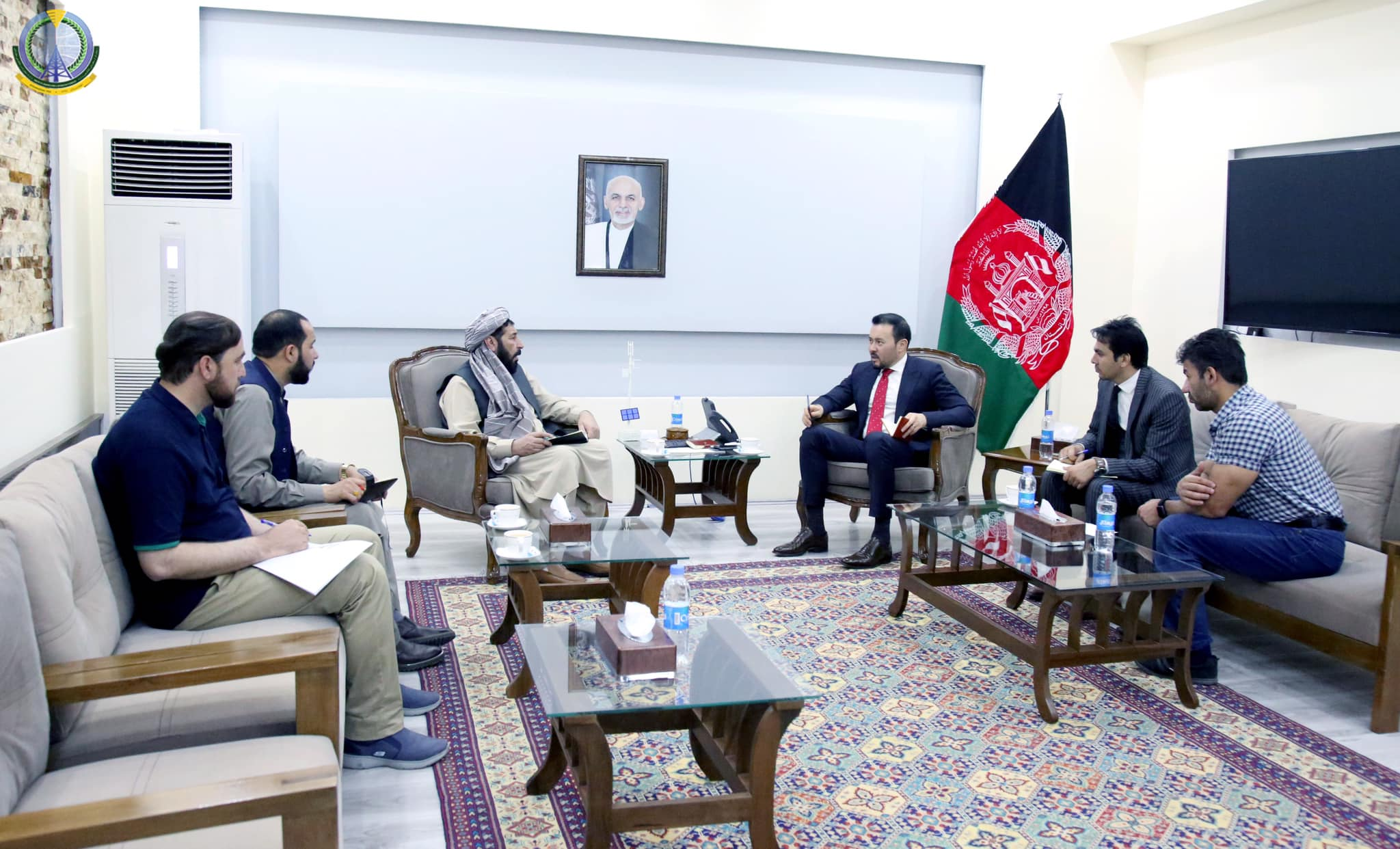 Acting minister of Communications and Information Technology meets with Governor of Urozgan Province