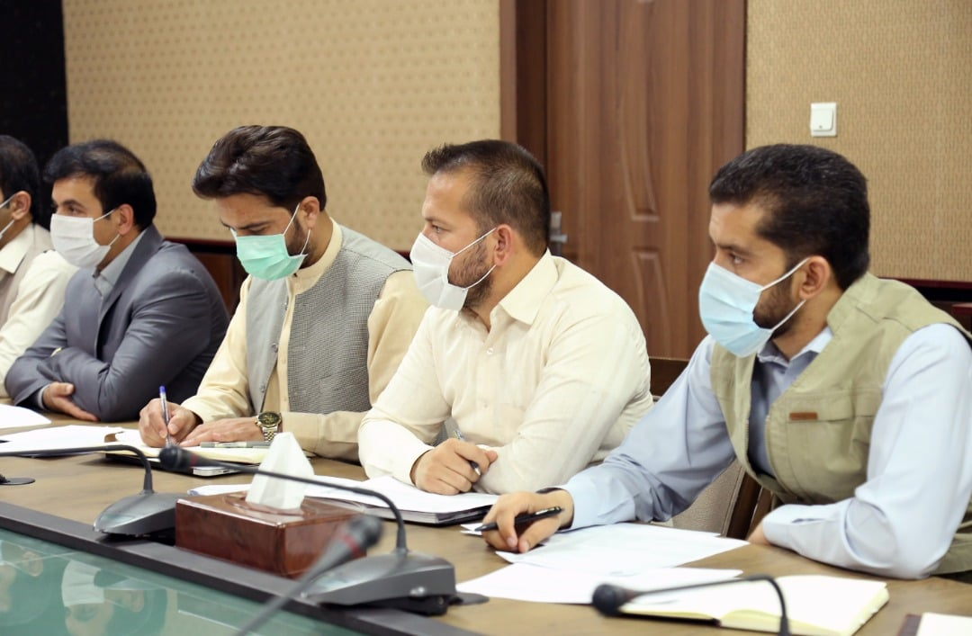 The special weekly session reviewed budget consumption and evaluated the progress of development projects