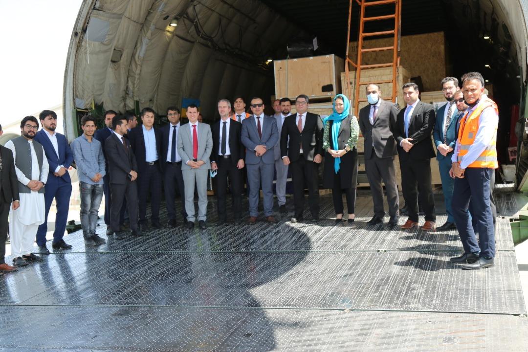این رادارها در ۱۲ نقطهی افغانستان وصل میشود و توانایی کنترل حریم فضایی کشور را تا ۴۵هزار فت دارد.