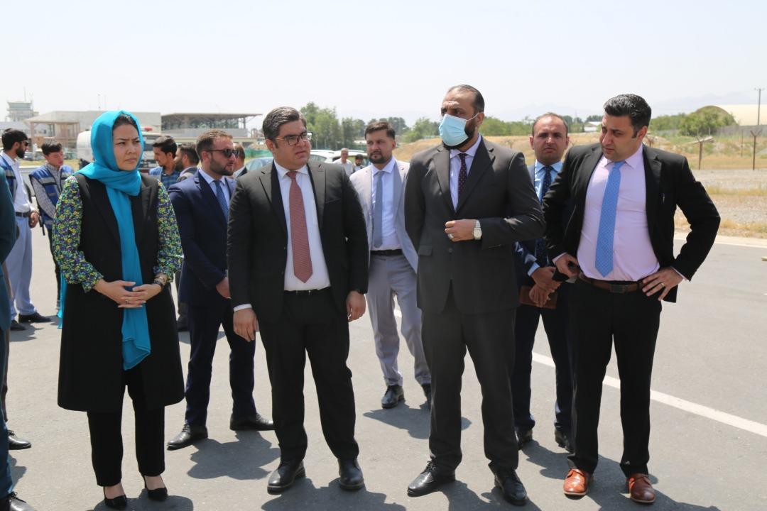 اولین محموله رادارهای سراسری که توسط حکومت افغانستان از یک شرکت فرانسوی خریداری شده بود، صبح امروز به افغانستان رسید.