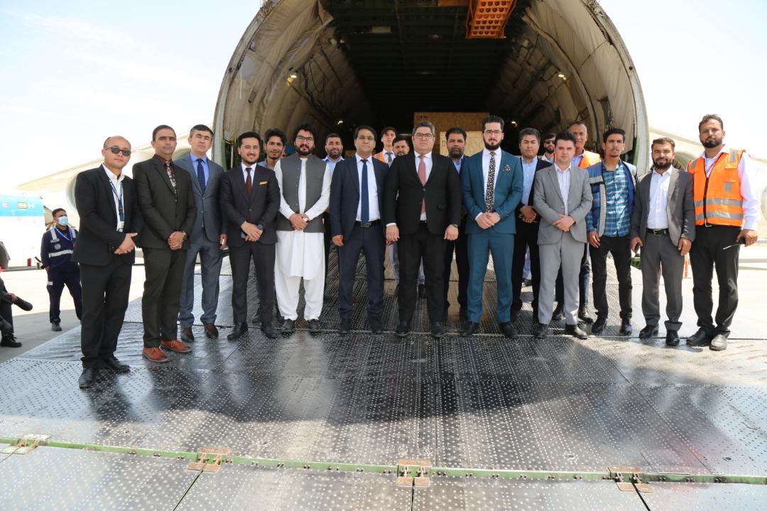 قرارداد نصب رادارهای سراسری افغانستان بین اداره هوانوردی ملکی و شرکت تالس فرانسوی به ارزش ۱۱۲ میلیون یورو امضا شده که تا سال ۲۰۲۳ به تعداد ۱۲ رادار مستقل وارد افغانستان میگردد.