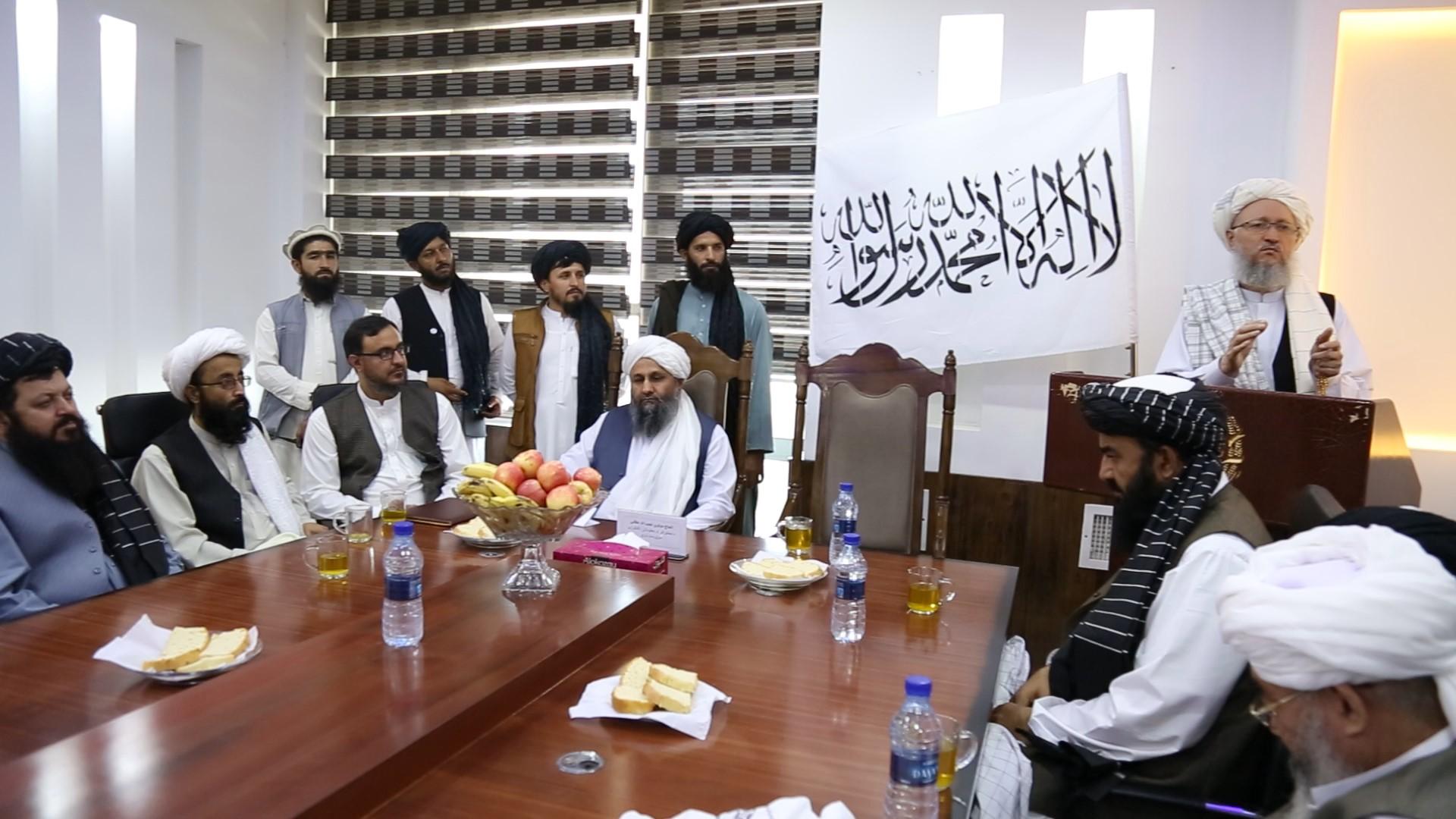 محترم مولوی عبدالسلام حنفی تصریح کرد که افغانستان به همه متخصصان در بخش های مختلف از جمله در بخش مخابرات و تکنالوژی معلوماتی نیاز دارد.